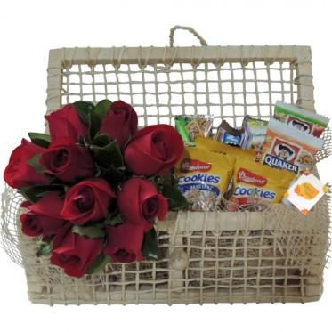 Cesta Guloseima para ela | Rosas Vermelhas